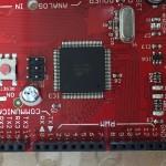 マイコンボードを筐体に固定する